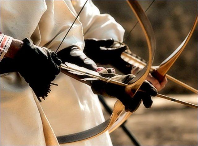 Как сделать лук для стрельбы: стрелы своими руками, из какого дерева, самодельный, видео, мини, тетеву, охотничий, мощный