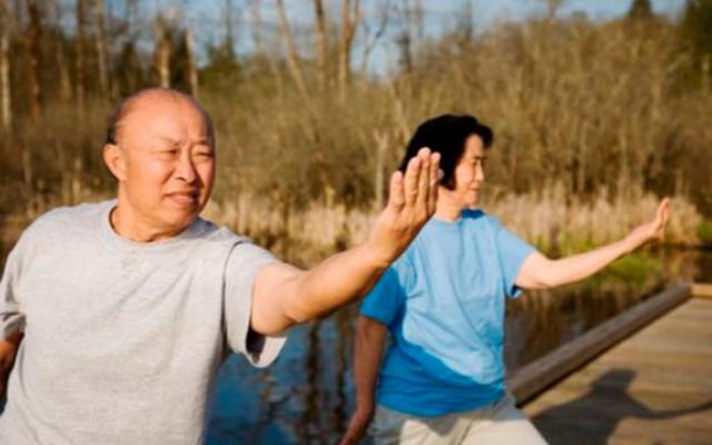 Цигун Ли Холдена : 20 минутный комплекс утром, 10 минутная утренняя зарядка и другие ритуалы на видео