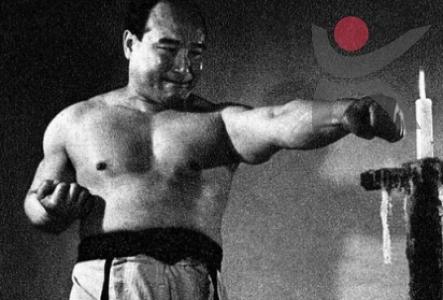 Боевое искусство таэквондо: борьба тэквондо или тхэквондо, кто придумал, родина, пояса, перевод